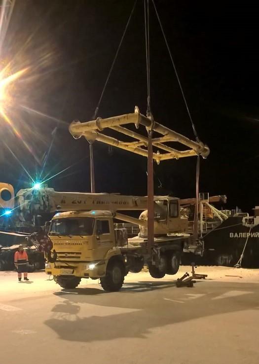 Доставка грузов на месторождения